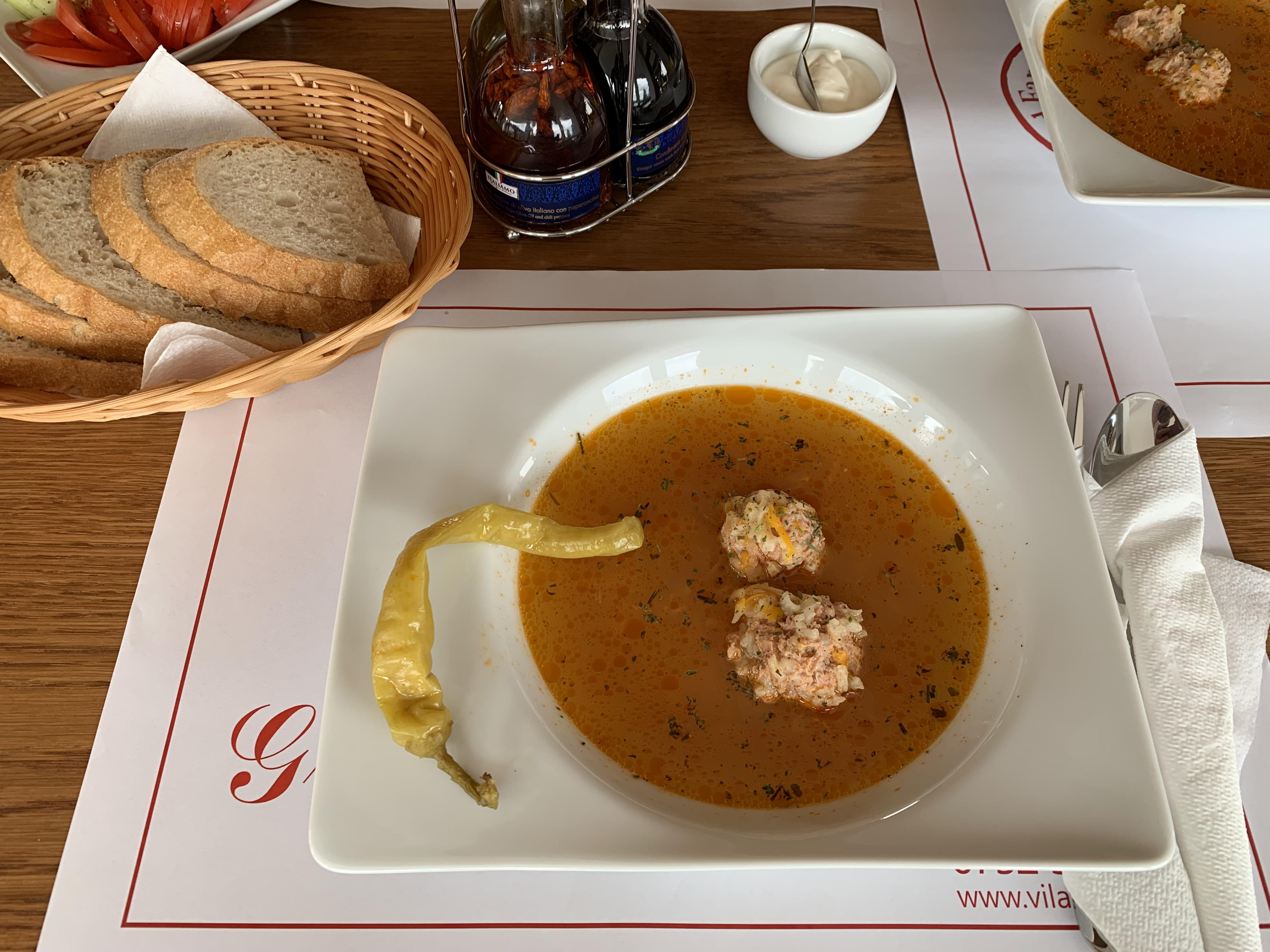 restaurant Red Family Cafe Vila Paltinis